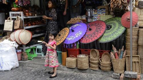 I staden Nyang U utanför Bagan ligger den stora marknaden Manisithu.