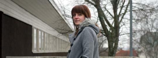 Fotografen Marina Stugård drabbades av kristallsjuka efter en tids öronvärk och detta i samband med en flygning så utlöstes sjukdomen.
