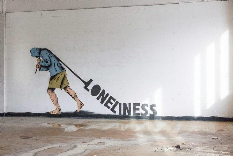 Att släpa på ensamhet (loneliness) kan vara tungt.