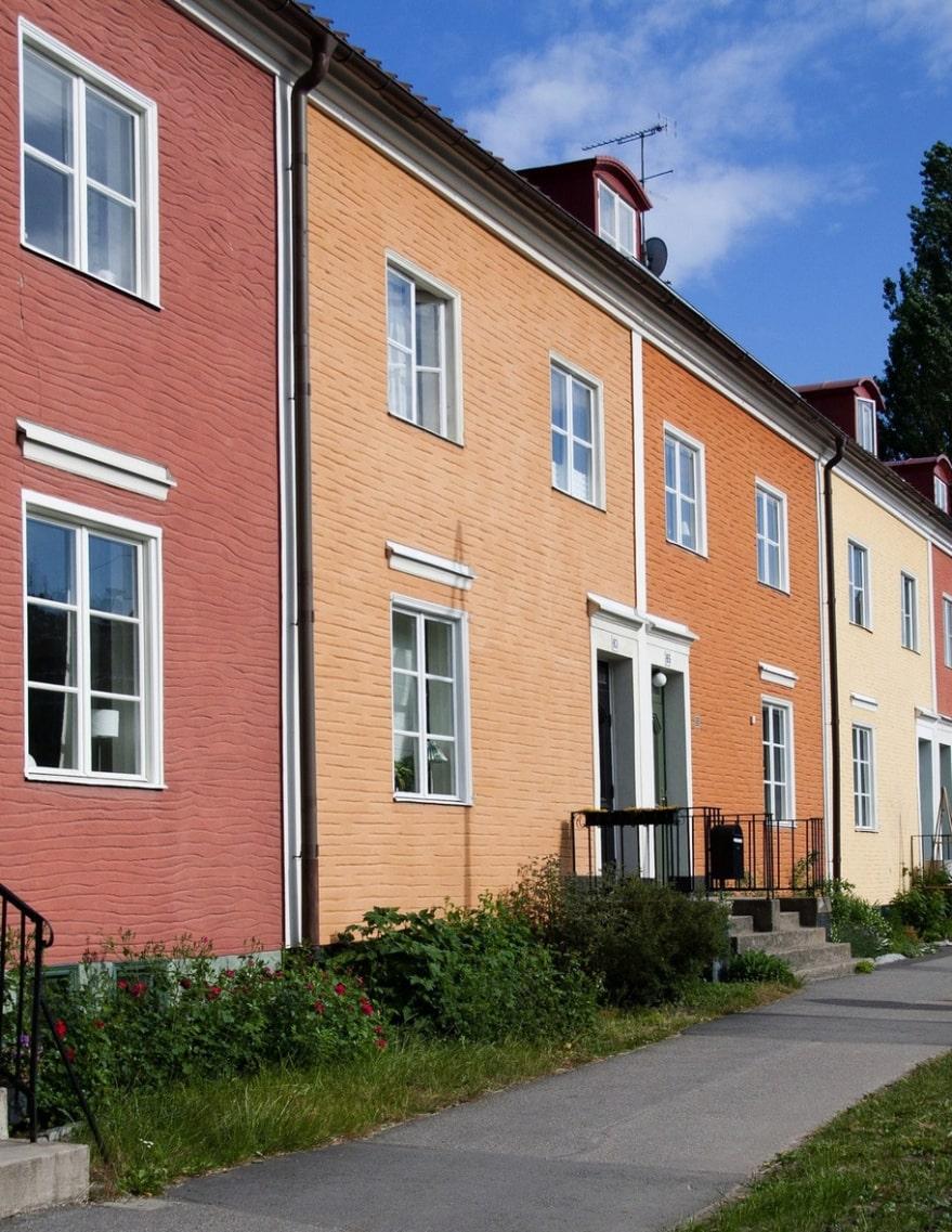 Slipp klagomål Vill du byta kulör helt och hållet på ditt hus? Prata med kommunen om vad som gäller i ditt bostadsområde.