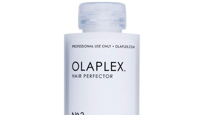 """Efter behandlingen hos din frisör köper du med""""No.3 Hair Perfector"""" hem för att fortsätta behandlingen hemma."""