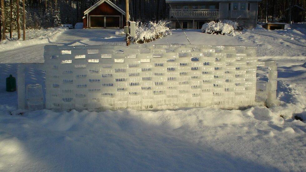Ismuren i dagsljus. Jannes första verk, som återkommer varje år.
