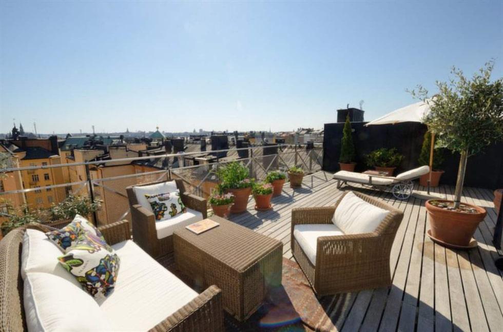 37 kvadratmeter takterrass med utsikt i 360 grader.