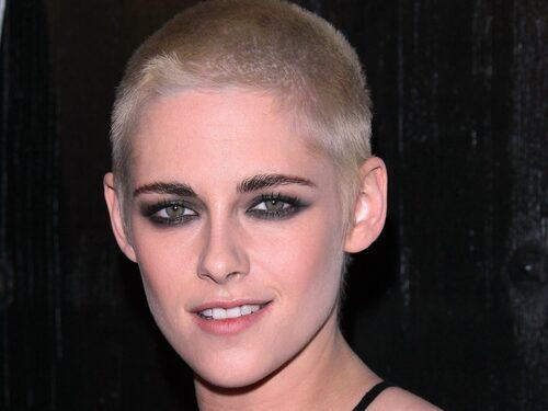 Vill du att din frisyr sticka ut? Kristen Stewart tog ett djärvt men moderiktigt beslut att snagga håret redan 2017. Något om Tindra spår kommer bli trendigt under året.