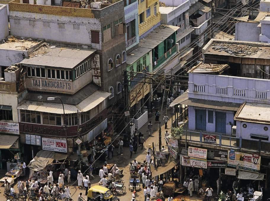 New Dehli toppar listan över smutsiga städer. Rök och avgaser i denna mångmiljonstad gör den till den smutsigaste i världen.
