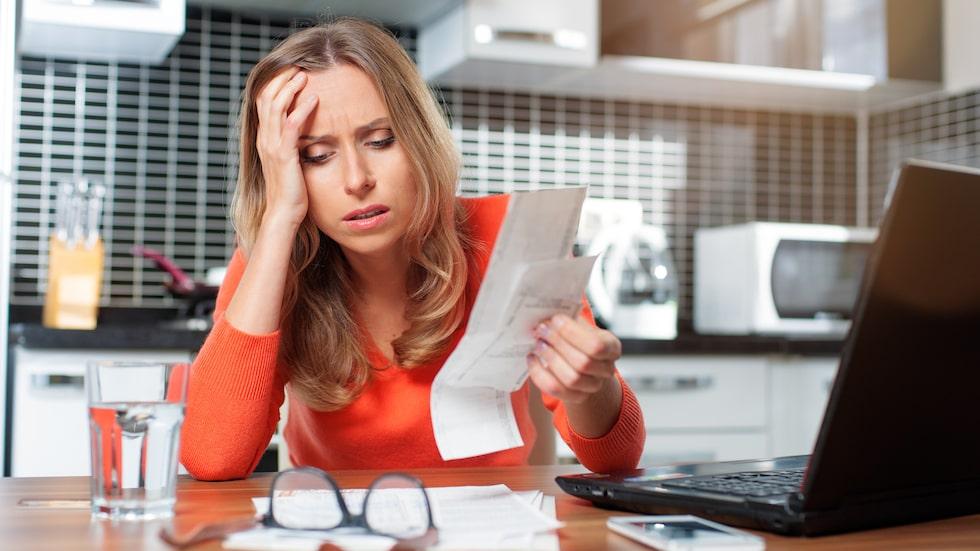 Skilsmässan blev dödsstöten för familjens ekonomi.