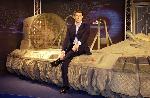 """Svävaren som Pierce Brosnans James Bond kör i """"Die Another Day"""" finns på James Bond-museet i Nybro."""