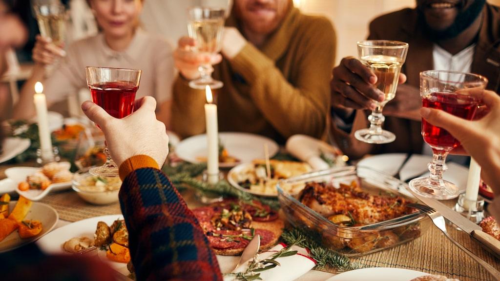 Julbordet förvandlas lätt från njutning till matkoma.