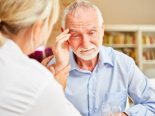 Enligt Demensförbundet insjuknar årligen mellan 20 000 till 25 000 svenskar i demenssjukdom.