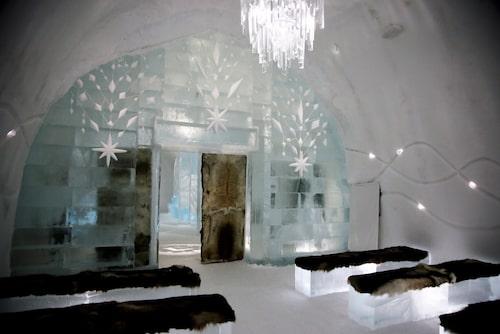 Vackra rum på Icehotel i Jukkasjärvi.
