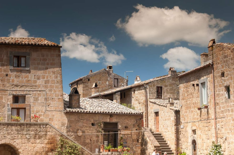 Byn är 1 200 år gammal och håller nu på att rasa samman.