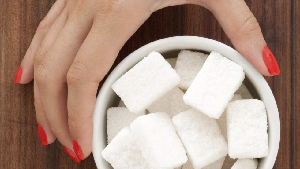 Skippa onödigt socker i 100 dagar? Jo, det går. Nästan 100 000 svenskar verkar anta Facebook-utmaningen med start den 1 januari 2016.