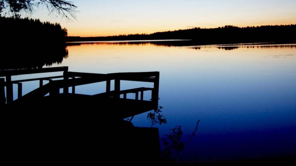Silvköparens Camping, Sala.  Trivsam liten camping som ligger enormt fint vid sjön Silvköparen.