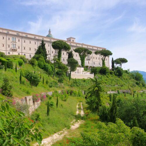 Monte Cassino ligger 13 mil söder om Rom.