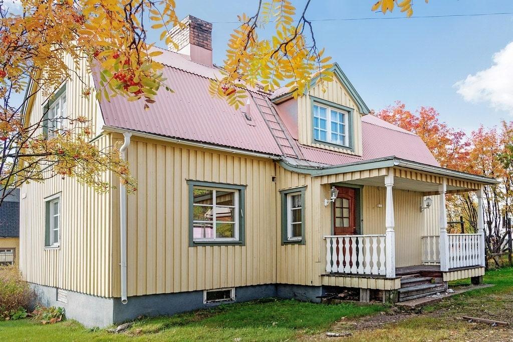 Den här 40-talsvillan kan bli din för 30 000 kronor. Men kravet är att du flyttar den till en ny tomt.