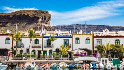 Gran Canaria är svenskarnas populäraste resmål. Här Puerto de Mogan.