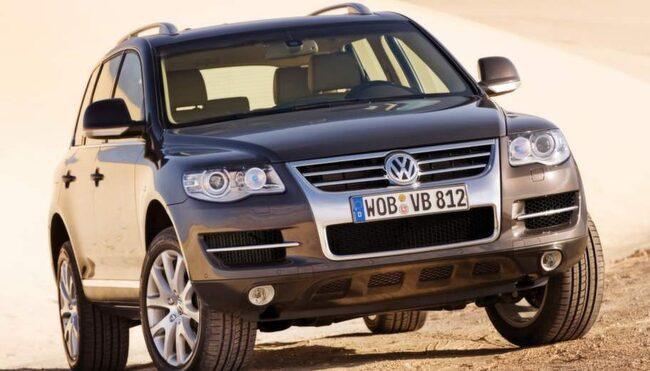 DYR. Alla äldre bilar hamnar på verkstad förr eller senare – VW Touareg är en av modellerna som kostar ägarna mest pengar efter att garantin gått ut.