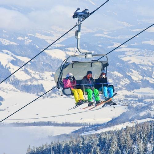 Schladming ligger i de östra Alperna.