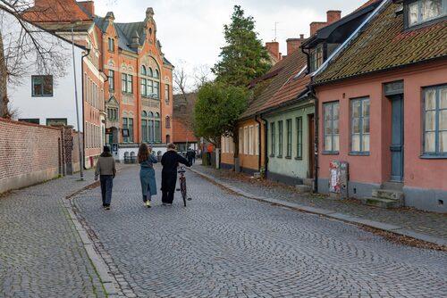 Gatunätet i Kulturkvadranten härstammar från 900-talets slut och är ett av Lunds bäst bevarade medeltida kvartersområden.