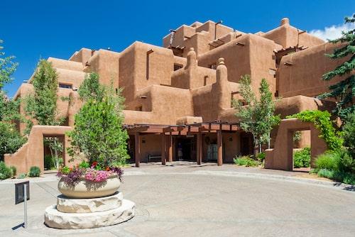 Klassisk Adobe-arkitektur i Santa Fe.