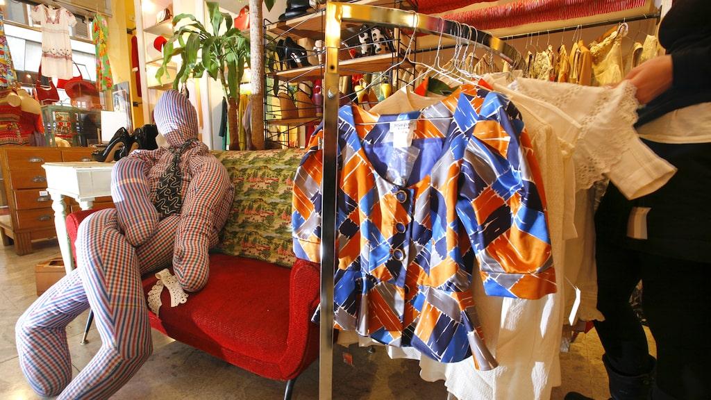Cavalli e Nastri är en favoritbutik med vintagekläder.
