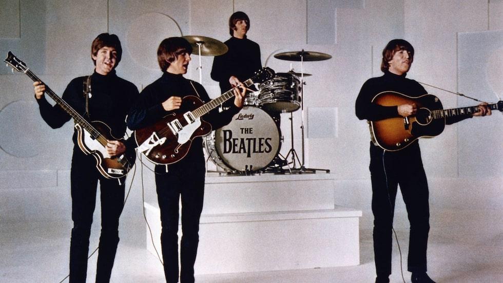 The Beatles 1964. John Lennon och George Harrison är döda men både Paul McCartney och Ringo Starr är fortfarande aktiva.