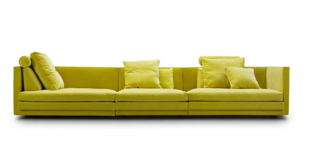 Knallig &amp; rymlig<br>Kaxigt gula soffan Coocoon, 340 centimeter bred, 52 499 kronor, Eilersen.