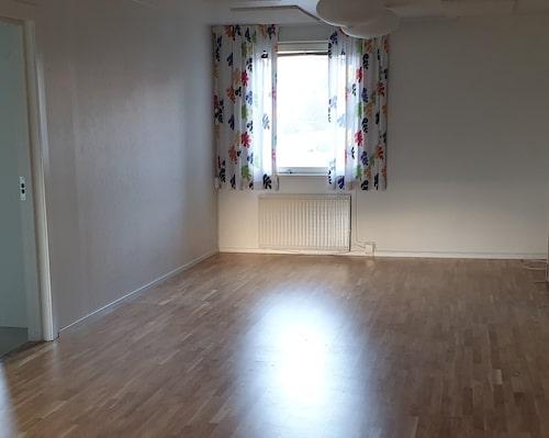 Vardagsrummet före.