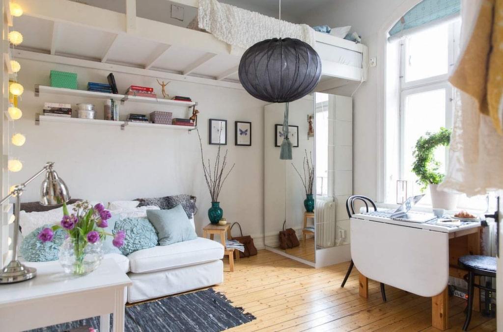 Kök, sovrum och vardagsrum – i ett.