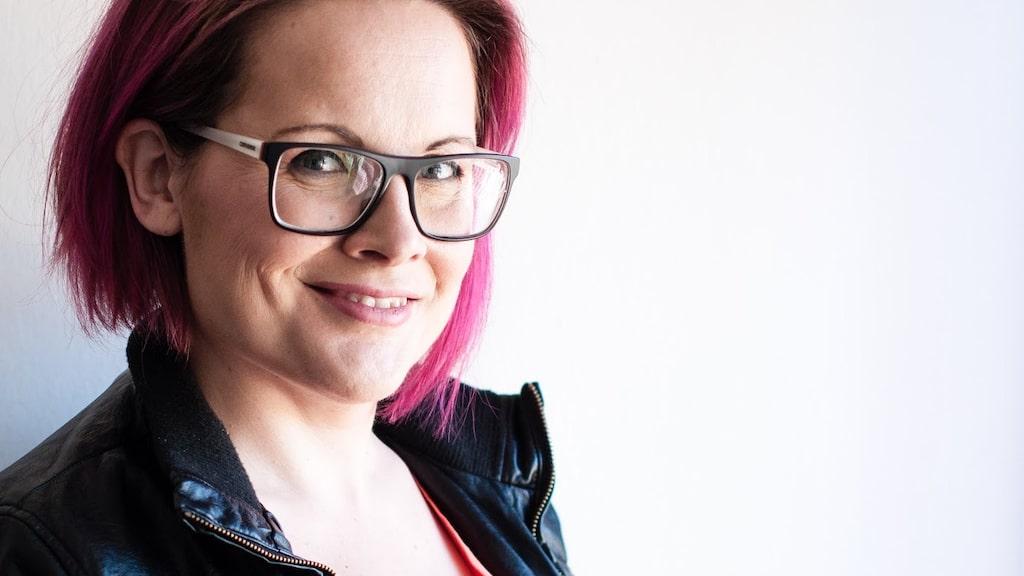 Emma Hellström lider av uretrit.