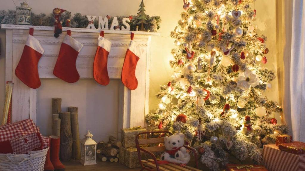 <p>I Sverige hänger vi upp julstrumpor till tomten. I Frankrike får han nöja sig med barnens stövlar.</p>