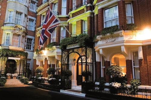 På Dukes London skrev Ian Fleming sina första James Bond-romaner.