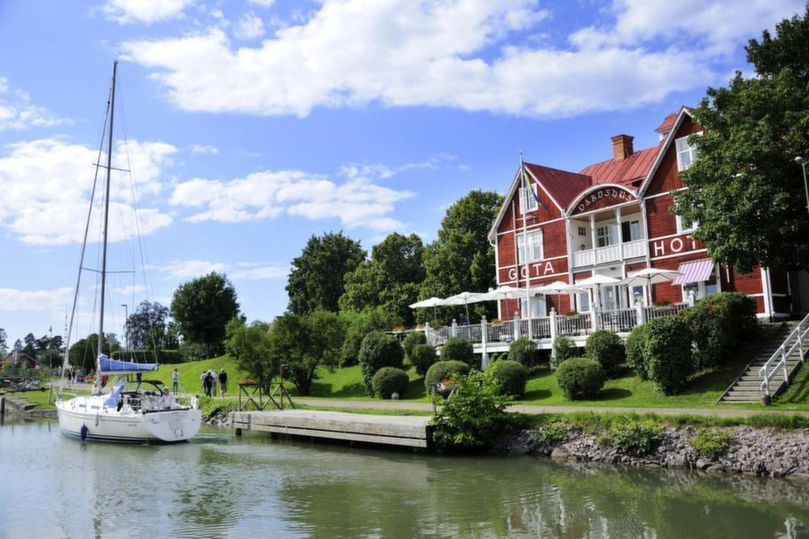 I Borensberg finns också ett motorbåts- och leksaksbilsmuseum som är väl värt ett besök.
