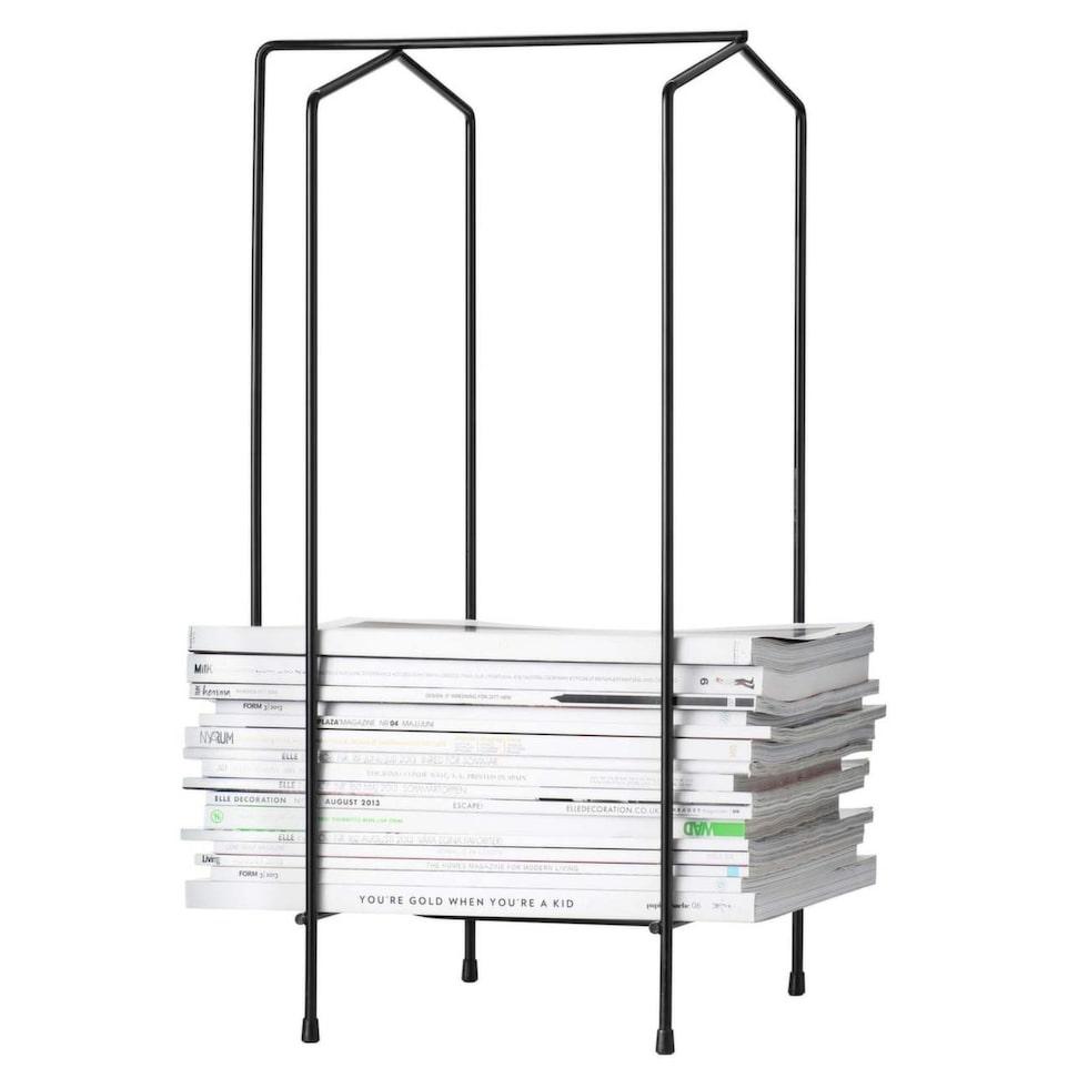 Spara tidningar. Tidningsställ för magasinen du vill behålla. Förvaring som också blir till en fin möbel i hemmet, 395 kronor, Designtorget.