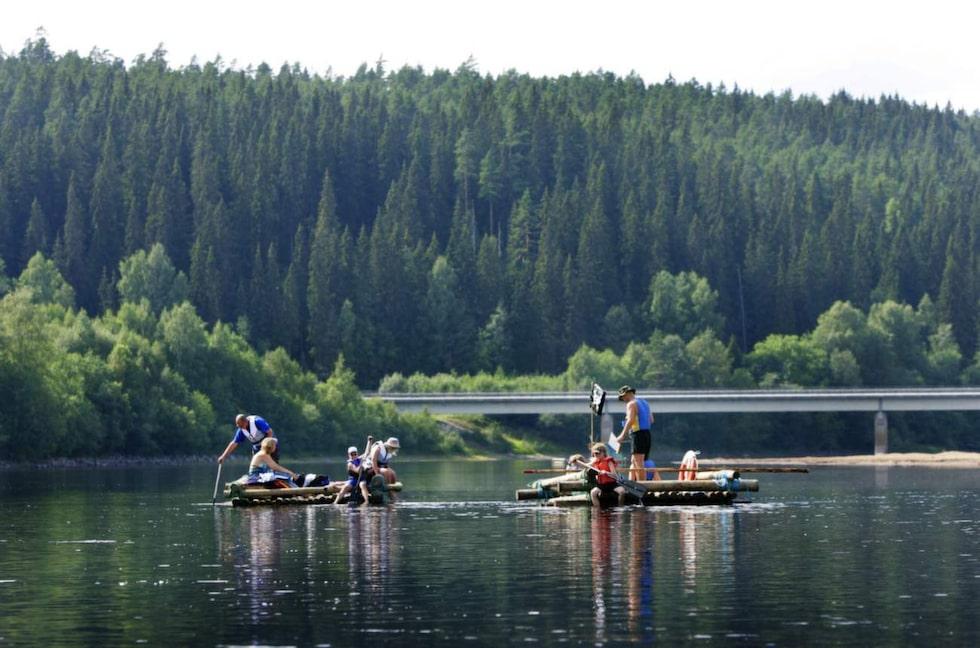 Pilgrimsleden (väg 62) går längs vackra Klarälven.