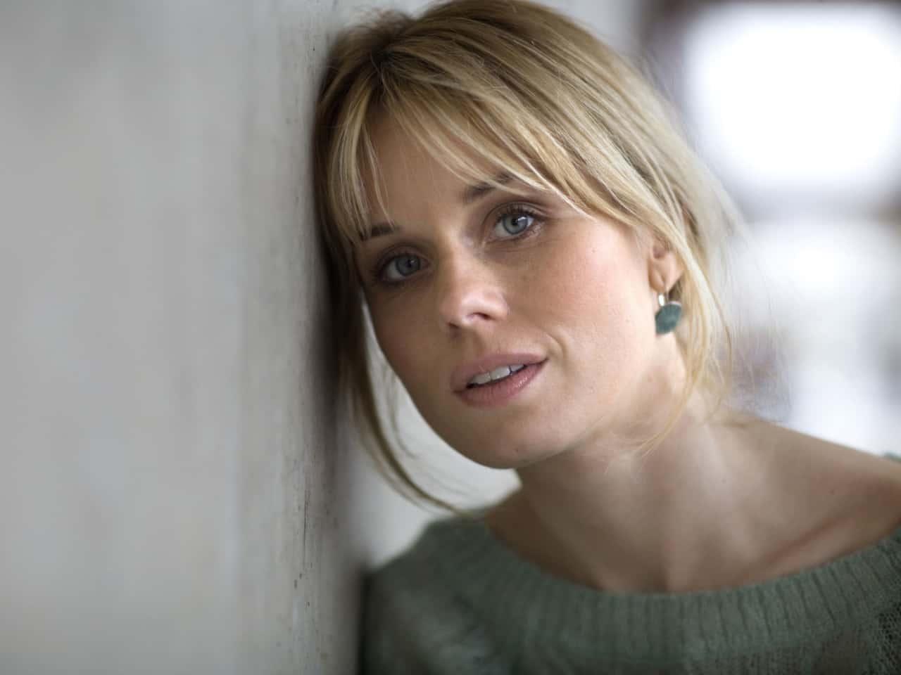 Helena af Sandeberg, Mitt liv, Min historia - Ellos - YouTube
