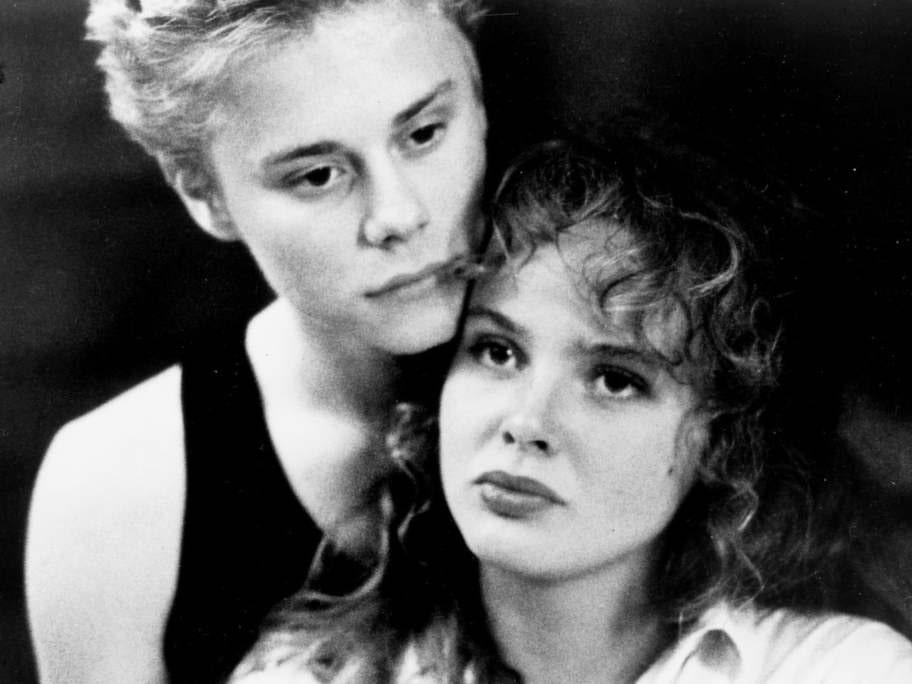 """Filmkarriär. Izabellas genombrott i Staffan Hildebrands """"Ingen kan älska som vi"""" 1988."""