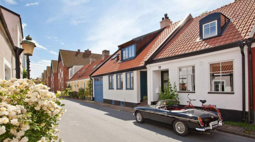 Augusti, september och oktober är den bästa tiden att sälja bostaden. Huset på bilden ligger i Ystad och var nyligen till salu.