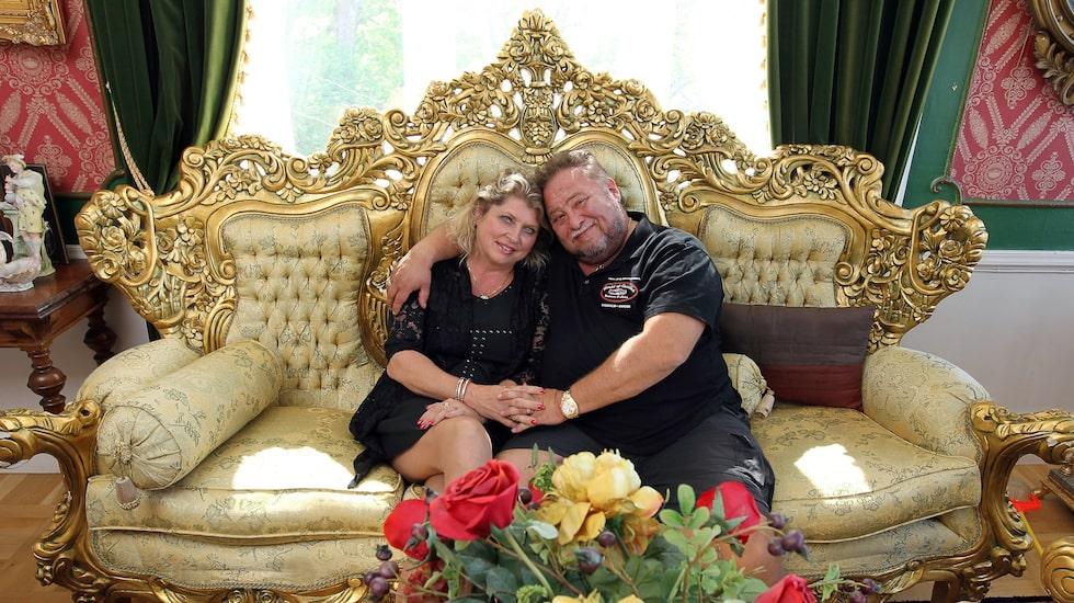 Beslutet att sälja huset efter 20 år har Leif-Ivan Karlsson och hans hustru Susanne tagit efter att Leif-Ivan fått sin sjätte hjärtinfarkt.