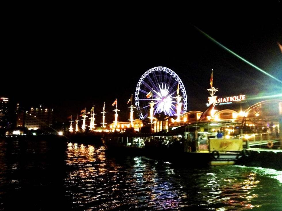 Asiatique har under de senaste åren blivitett favorittillhåll för både turister ochBangkokborna själva på  kvällarna.