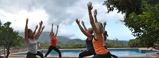 Varje morgon börjar med yoga vid huset Cas Bernats i Sóller på Mallorca.