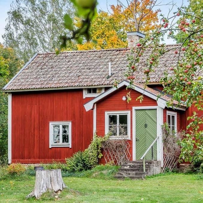Nyinflyttade på Lindåsen östra torp 3, Skärblacka   streetanthemrecords.com