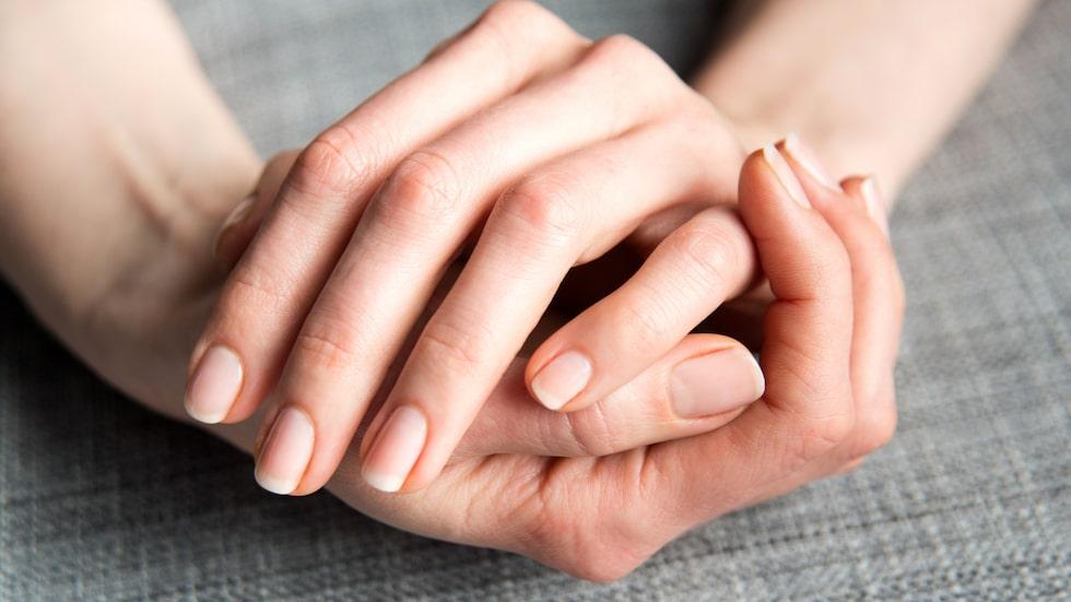 Nagelolja kan stärka dina naglar.