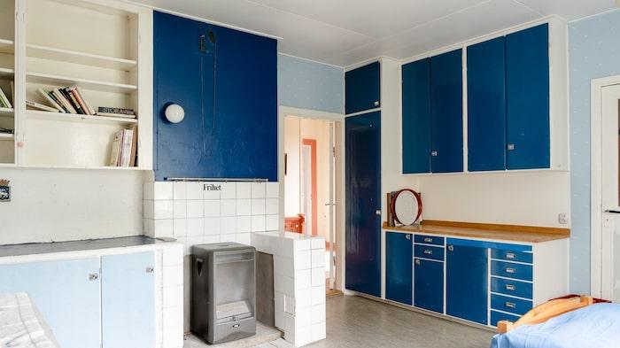 Köket på övervåningen som tidigare dungerade som bostad åt stinsen, men numera är privatbostad.
