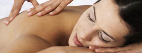 Massage hjälper. Värme och beröring sätter igång frisättningen av oxytocin.