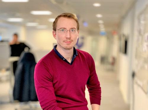 """Oroad. """"Det är inte en överdrift att prata om en kris inom vård och omsorg. Att så många funderar på att sluta är skrämmande. Det är samhällsbyggande jobb det är svårt att digitalisera bort."""" säger Erik Wennhall, vd på Uska."""