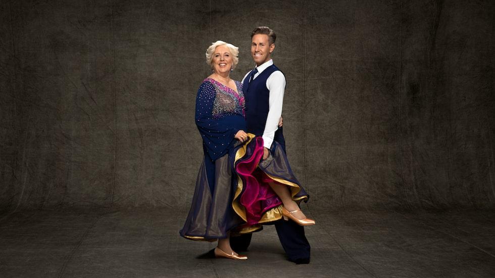 Suzanne Axell med sin danspartner Tobias Bader.