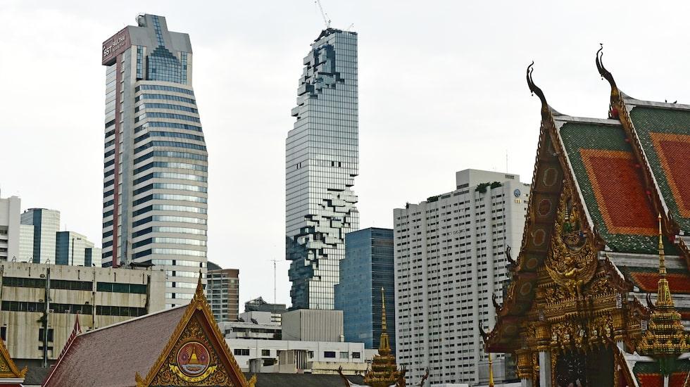 Flera hotell och krogar öppnas i skyskrapan Nakhon.