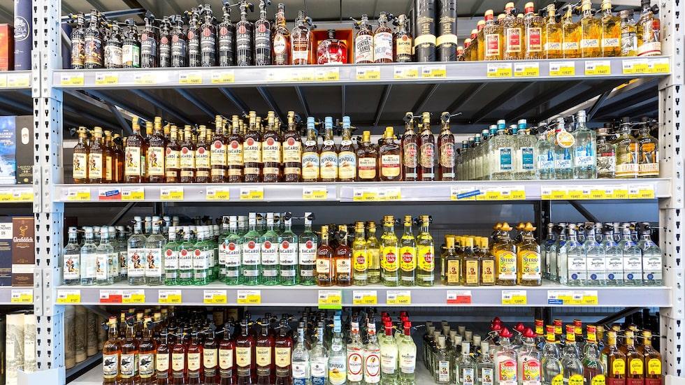 Ryssarna dricker i snitt 13,7 liter alkohol per år.