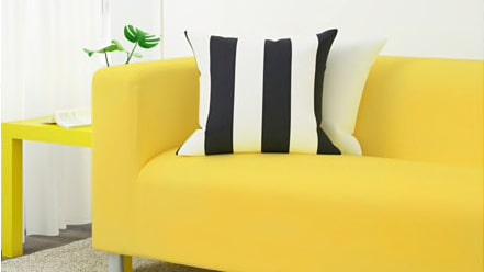 """Gult är fult? """"Klippan"""" soffa och """"Lack"""" sidobord i gult kommer inom kort att försvinna ur Ikeas sortiment"""